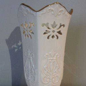 Lenox Fine China Small Pierced Vase, 24k Gold Rim,